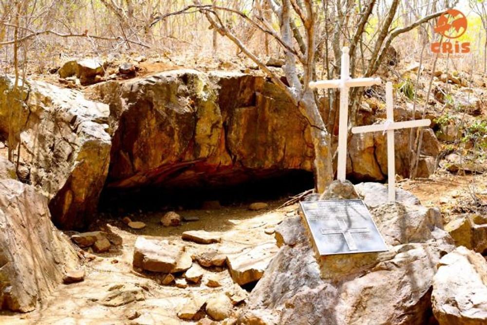 Grota do Angico angaço Eco Parque - Rota do Cangaço- Aracaju Crisstilben Cris pelo Mundo