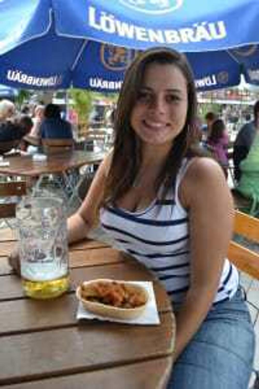 Comida e bebida das barraquinhas do tollwood