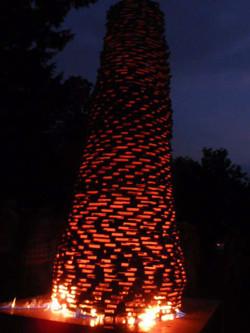 10-Fragmentierter-Baum-brennend
