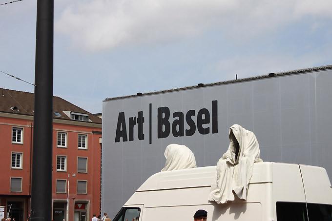 Public_contemporary-artbasel-ghost-car-m