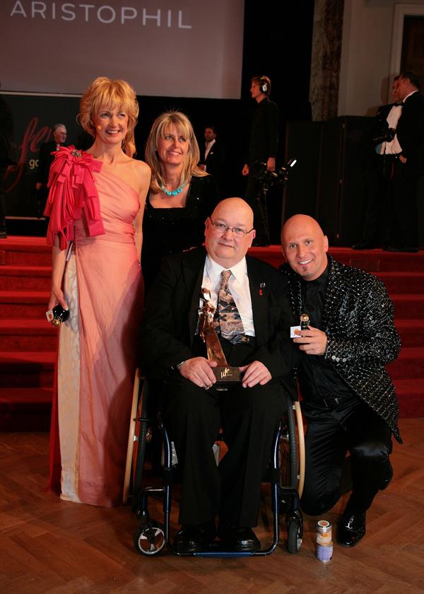 TARA AWARD 2014 in der Kategorie Gesellschaft  2014-11-21.JPG