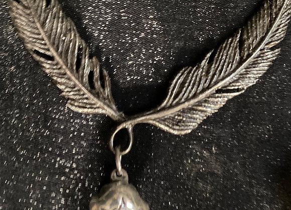 Alchemy crow skull & feathers