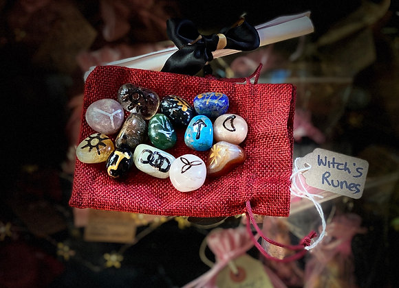 Witches Runes 🧙🏼‍♀️