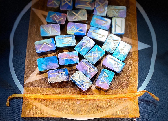 Resin Runes - Purple Sparkle
