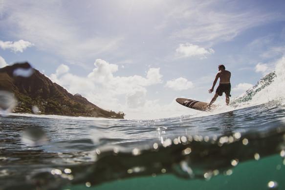 Diamond Head Surfer