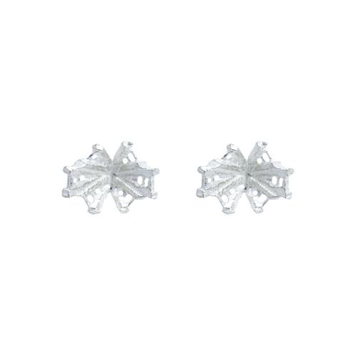Reflect stud earrings