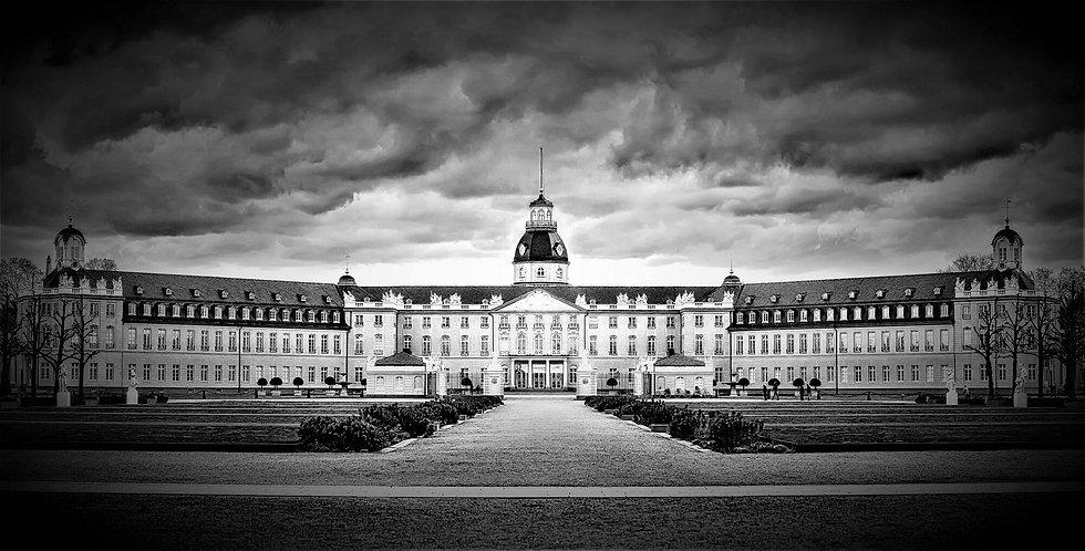 Schloss Karlsruhe.jpeg