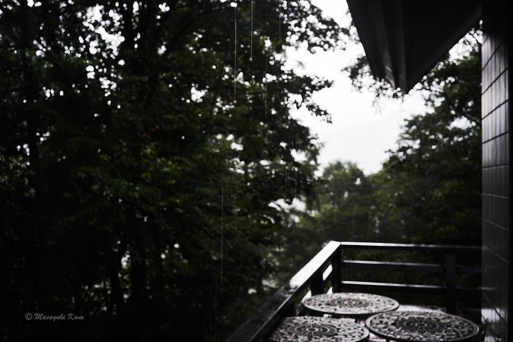 蓼科高原の夏の風物詩、夕立風景、最近は雷鳴を聞くことは少ない
