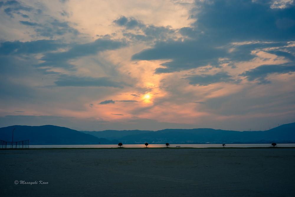 諏訪湖の夕景