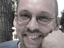 Damian - Übersetzer deutsch englisch - Vertrauen Sie auf Qualität - Brandt & Brandt Translations LLC