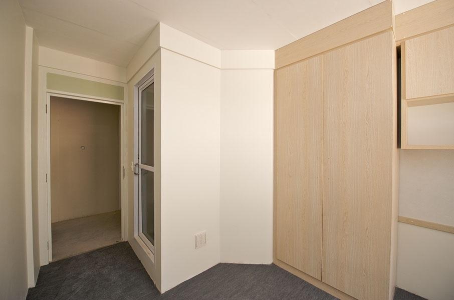 Pod in room