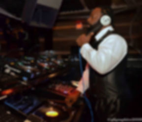 DJ Trevor Fox, turntable, cdj, dane, disco, classics, party, for hire