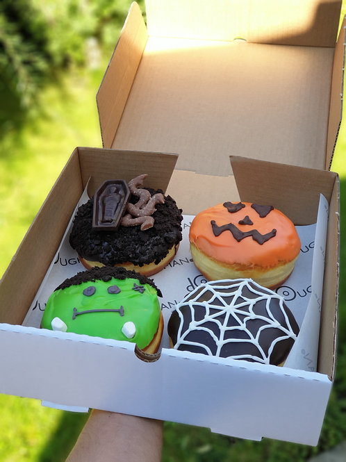 Halloween Deluxe 4 Pack Selection