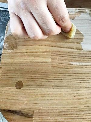 木工教室でオイル塗装