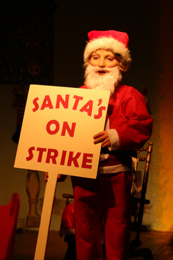 St Petroc's Santa's on Strike (19)