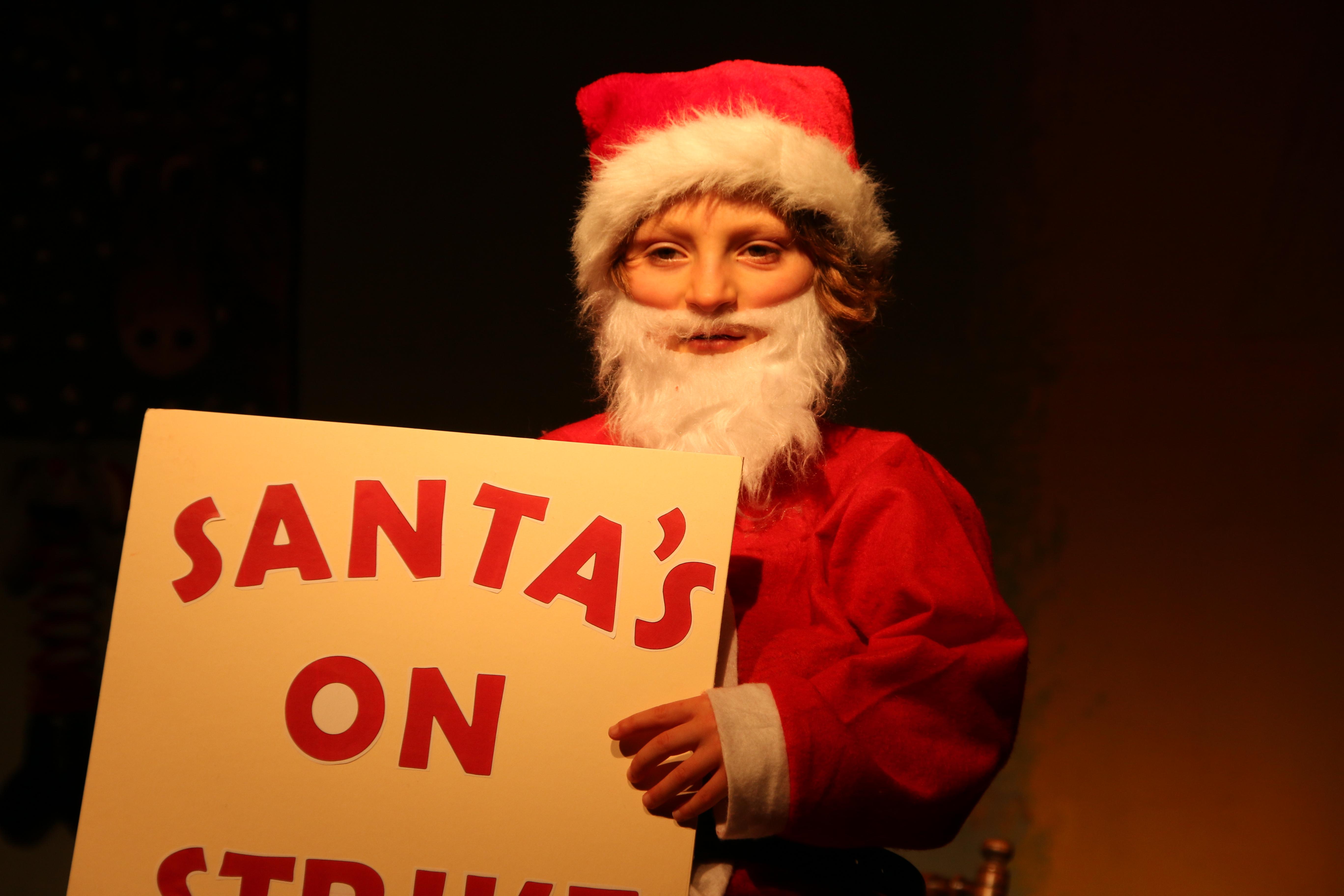 St Petroc's Santa's on Strike (22)