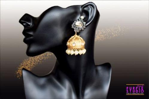 Antique Ravishing Golden Kundan Jhumka