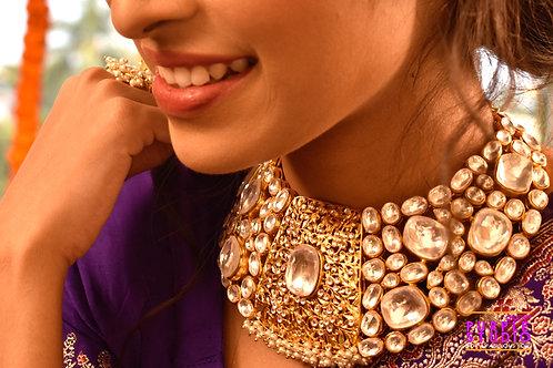 Charismatic Kundan Choker Set in Golden and white hues