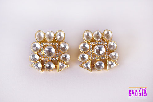 Smart  Golden Kundan Studs