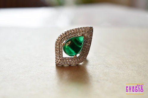Cleopatra Love Green Cocktail Ring