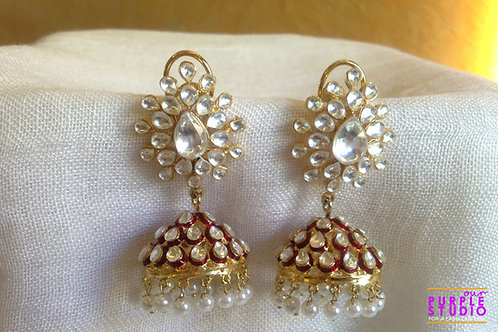 Kundan jhumka with a silver lining of Red