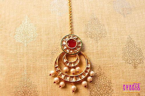 Bridal Golden Maang Tikka in Kundan with Soft Pearls