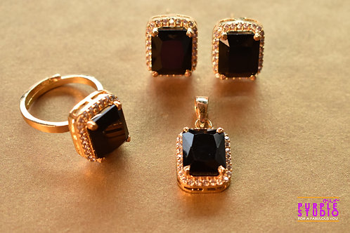 Beautiful Combo Pendant Set with Finger Ring