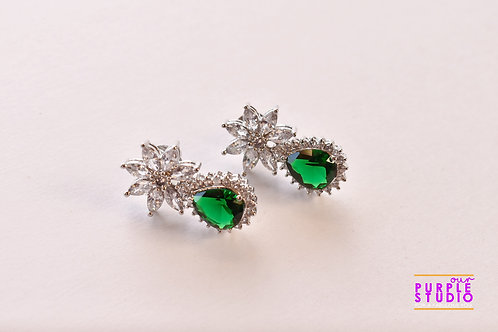 Sparkling Princess Cut Earring in Green Onyx Stone