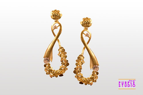 Showstopper Textured Cocktail Earring in Golden Polish