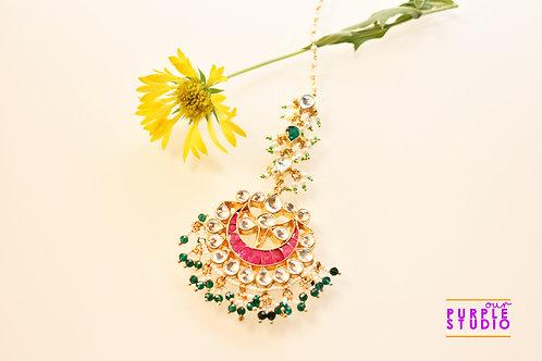Bridal Pink Maang Tikka in Kundan with Green Beads