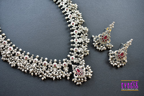 Temple Oxide Silver Clustered Pearl Necklace Set