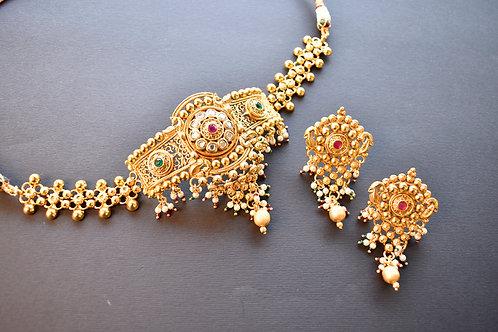 Gorgeous Golden Choker Set