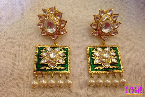Shining Green Kundan Earring