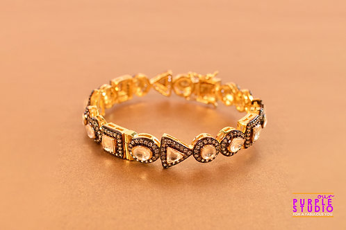 Divine Kundan Bracelet in Antique Polish