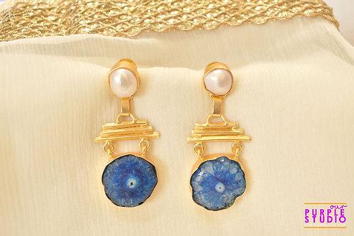 Trendy Earring in Blue Rough Stone