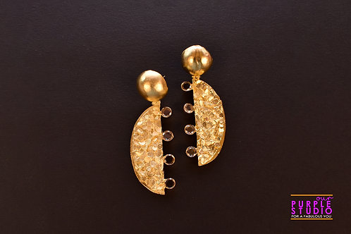 Fashionable Cocktail Earring in Golden texture