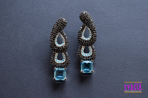 Showstopper Blue Cocktail Earring in antique look