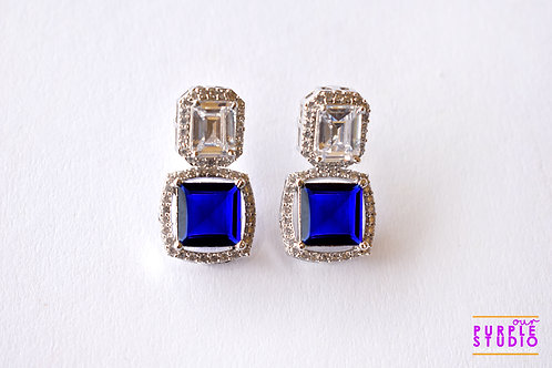 Sparkling Princess Cut Earring in Blue Onyx Stone