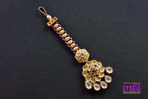 Bridesmaid Maang Tikka in Kundan