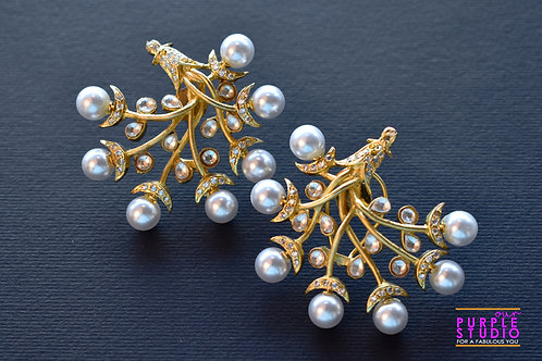 Golden Branch Earring with bunch of Pearl flower