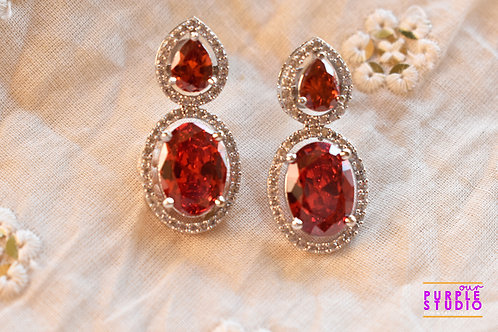 Sparkling Princess Cut Earring in Red Stone