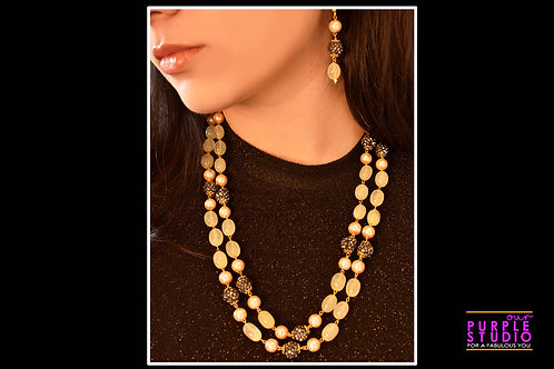 Contemporary Beaded Necklace in Light yellow and Black Semi Precious Beads