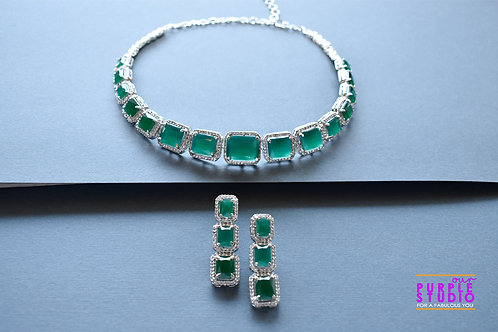 Graceful Green Onyx and CZ Setting Necklace Set