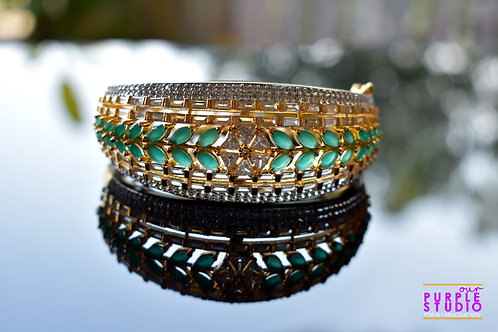 Sophisticated CZ Bracelet in White and Green Stones