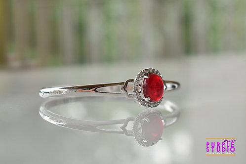 Sleek Metallic Bracelet with Red Onyx Stone