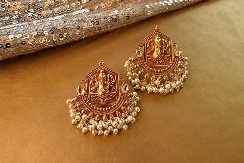 Ganeshji Ethnic Golden Earrings in beautiful pearls