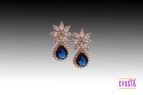 Sparkling Princess Cut Earring in Blue Onyx Stone