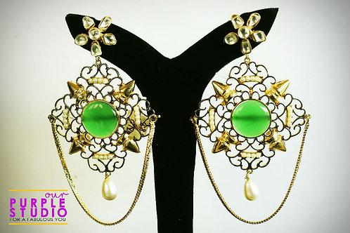Green stone earing