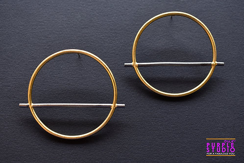 Smart Unconventional Round Earring