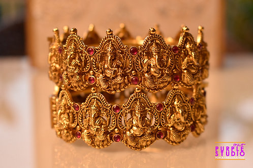 Sophisticated Pair of Golden Temple  Bangles